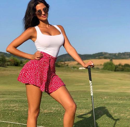 Vòng 1 đầy thách thức của golf thủ gợi cảm nhất Italia - Ảnh 7.