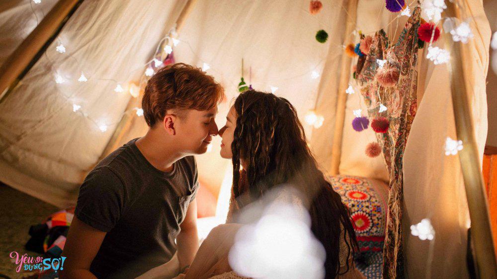 """""""Phi công trẻ"""" hôn Ninh Dương Lan Ngọc suốt 2 tiếng vẫn chưa là gì với Ngô Kiến Huy hôn Nhã Phương - Ảnh 11."""