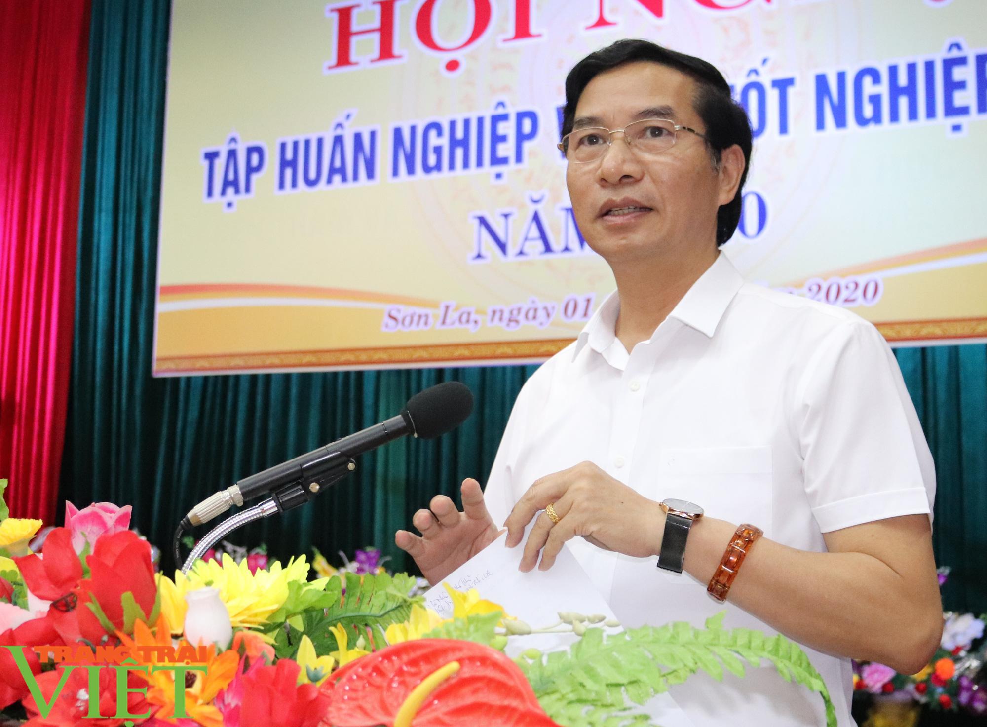 Sơn La: Hơn 1.000 cán bộ, giáo viên được tập huấn quy chế thi THPT năm 2020 - Ảnh 1.
