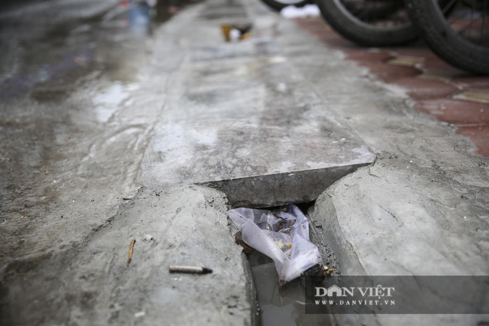 Hệ thống thoát nước bị xâm lấn, Hà Nội đứng trước nguy cơ ngập úng do mưa bão - Ảnh 3.