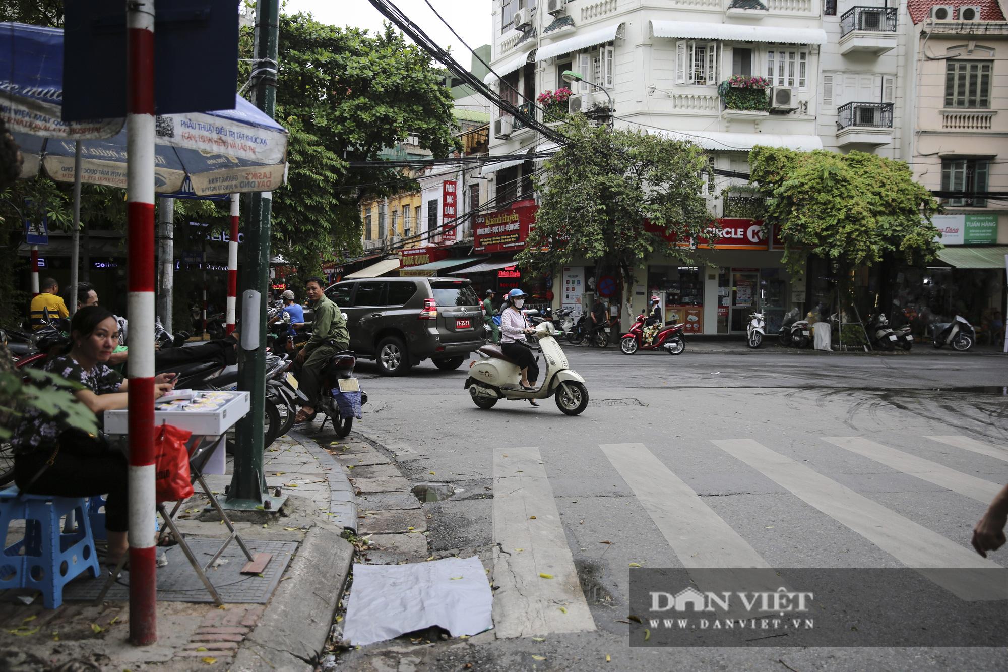 Hệ thống thoát nước bị xâm lấn, Hà Nội đứng trước nguy cơ ngập úng do mưa bão - Ảnh 5.