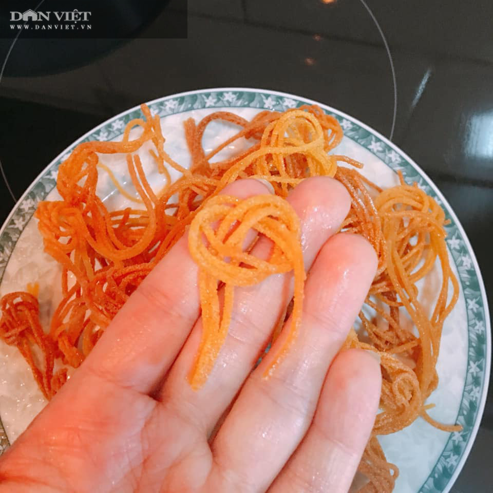 Rủ con vào bếp cùng làm món bim bim từ mỳ spaghetti - Ảnh 5.