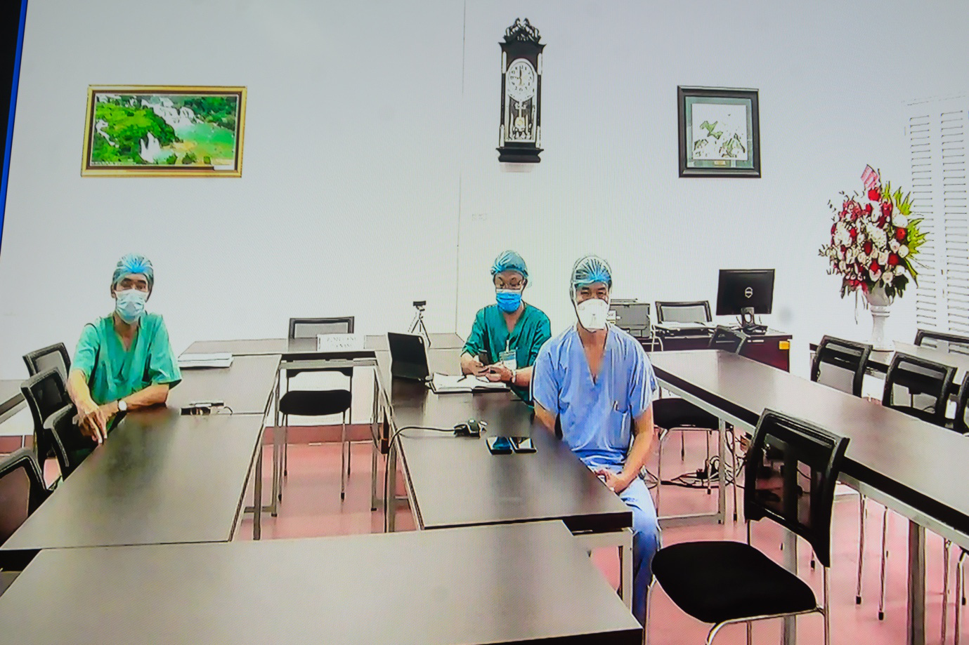 Ecopark đồng hành cùng đội ngũ y tế tuyến đầu chống Covid-19 tại Bệnh viện C Đà Nẵng - Ảnh 3.