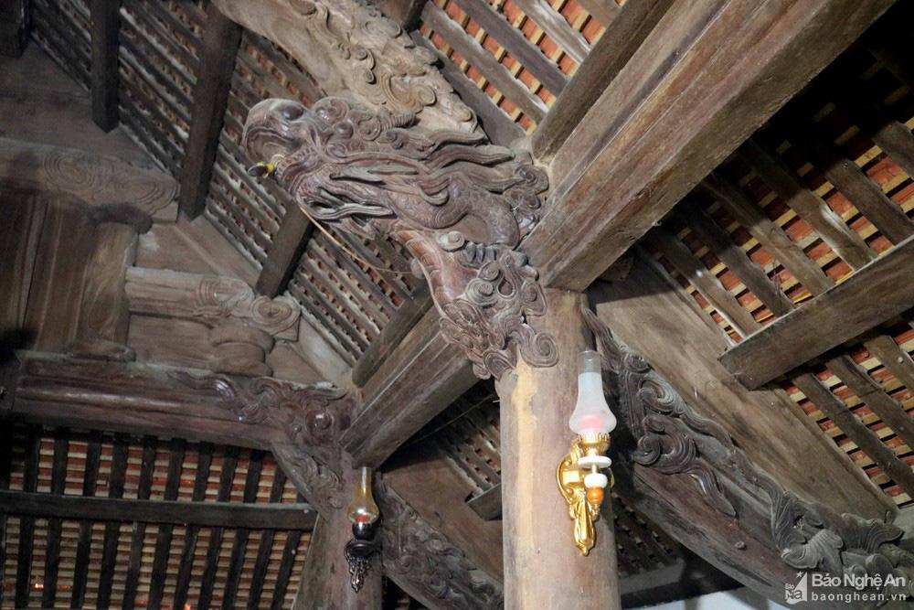 """Độc đáo """"nét chạm trổ phượng long"""" của ngôi đền cổ làng trung du Nghệ An - Ảnh 6."""