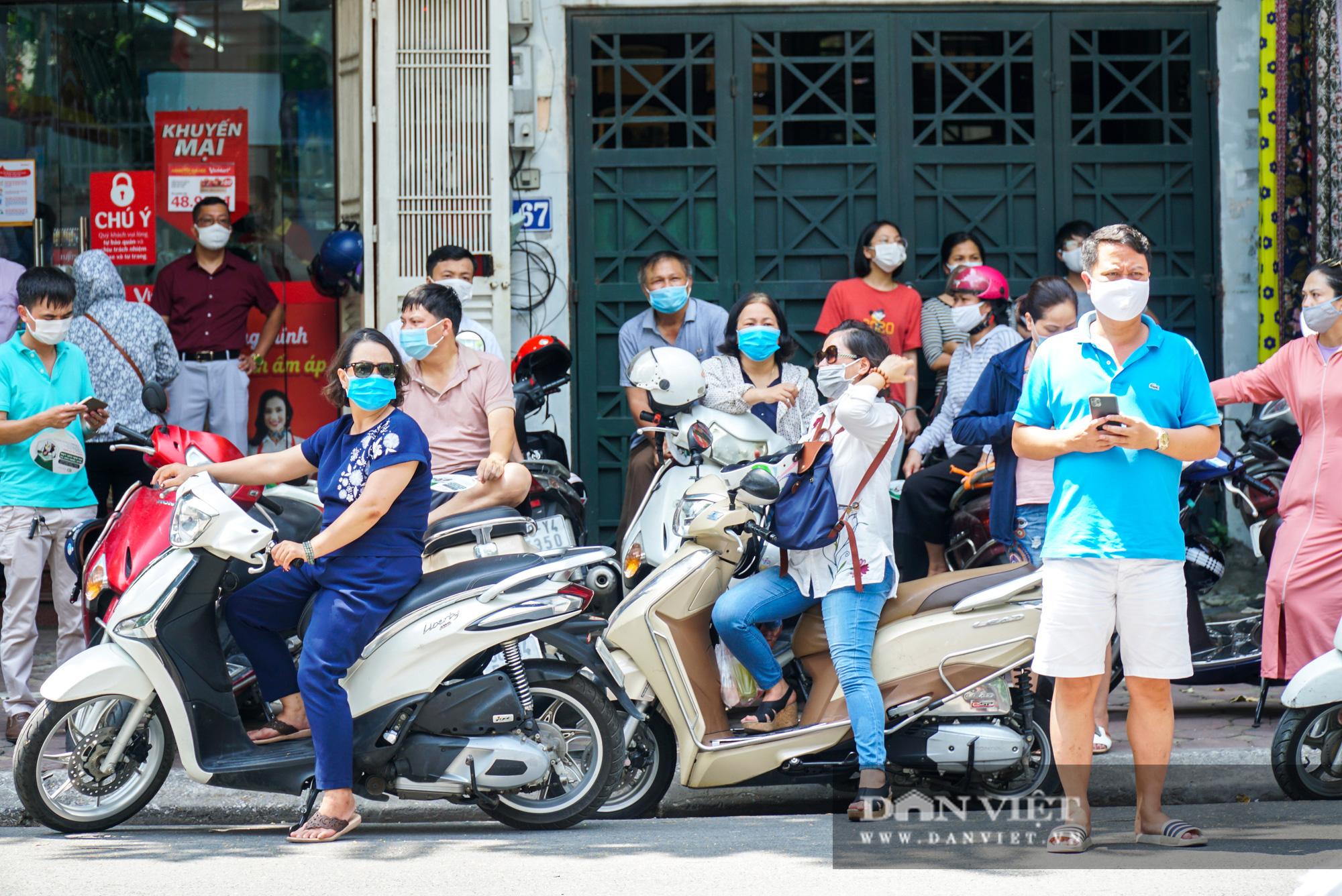 Thí sinh từ Đà Nẵng trở về cảm thấy thoải mái khi thi 1 mình một phòng - Ảnh 8.