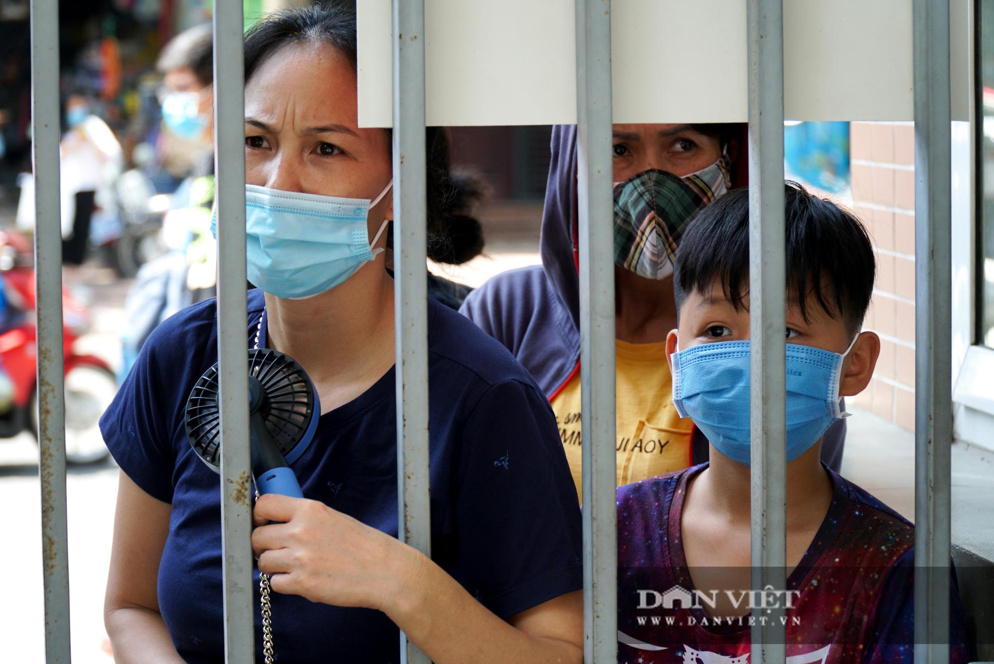 Thí sinh từ Đà Nẵng trở về cảm thấy thoải mái khi thi 1 mình một phòng - Ảnh 12.