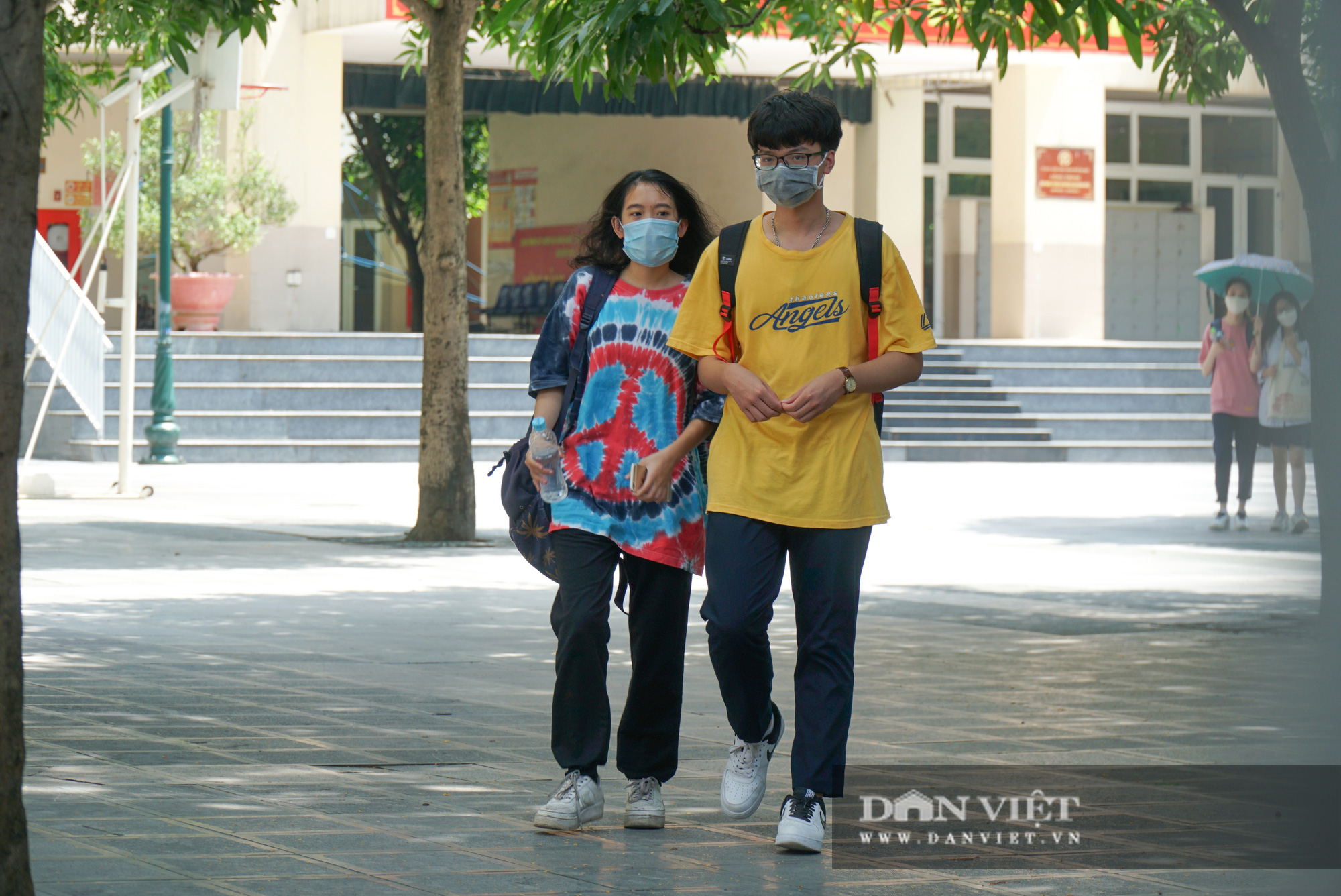 Thí sinh từ Đà Nẵng trở về cảm thấy thoải mái khi thi 1 mình một phòng - Ảnh 3.