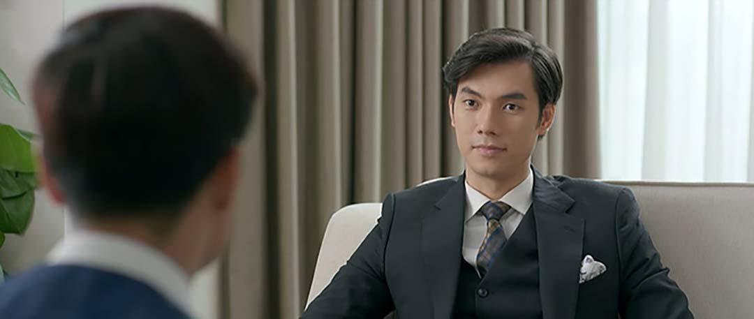 Tình yêu và tham vọng tập 43: Buồn bã khi bắt buộc cho Linh nghỉ việc Minh đã trả thù cho Linh  - Ảnh 1.
