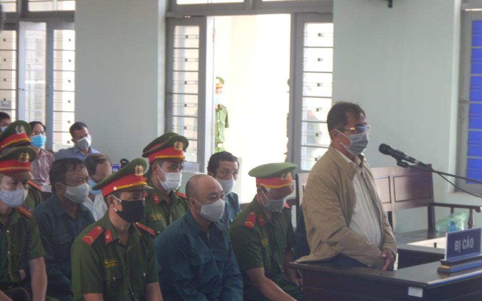 Bình Thuận: Cựu Chủ tịch TP.Phan Thiết hầu tòa vì sai phạm trong quản lý đất đai