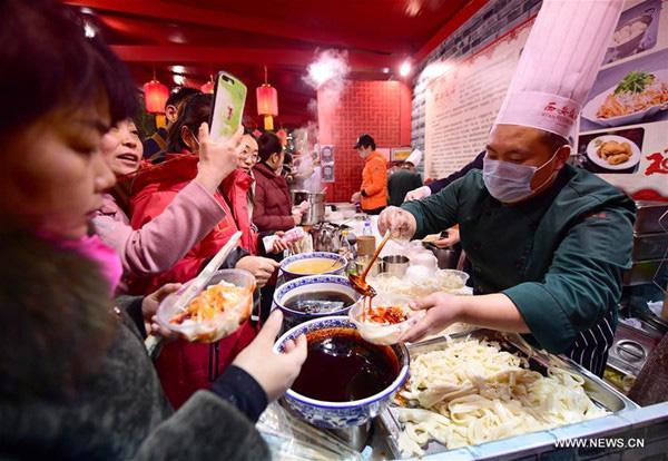 Vì sao ông Tập Cận Bình kêu gọi người dân Trung Quốc tiết kiệm lương thực - Ảnh 1.