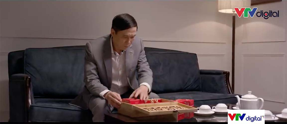 Tình yêu và tham vọng tập 43: Phong hối lộ Phó chủ tịch thành phố phá Hoàng Thổ  - Ảnh 4.