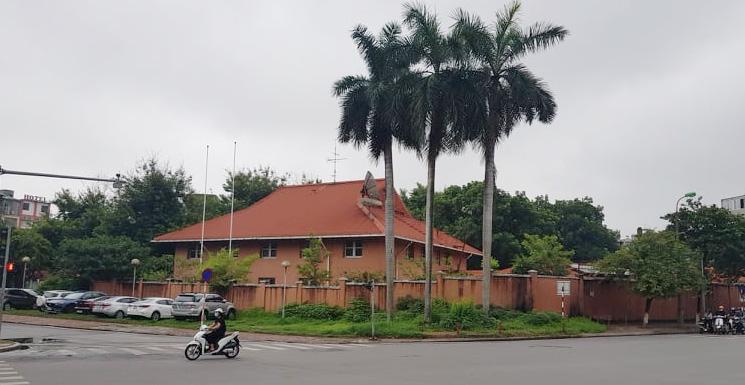 Bộ Ngoại giao đề xuất 'biến' đất trụ sở đại sứ quán làm tổ hợp căn hộ, khách sạn - Ảnh 1.