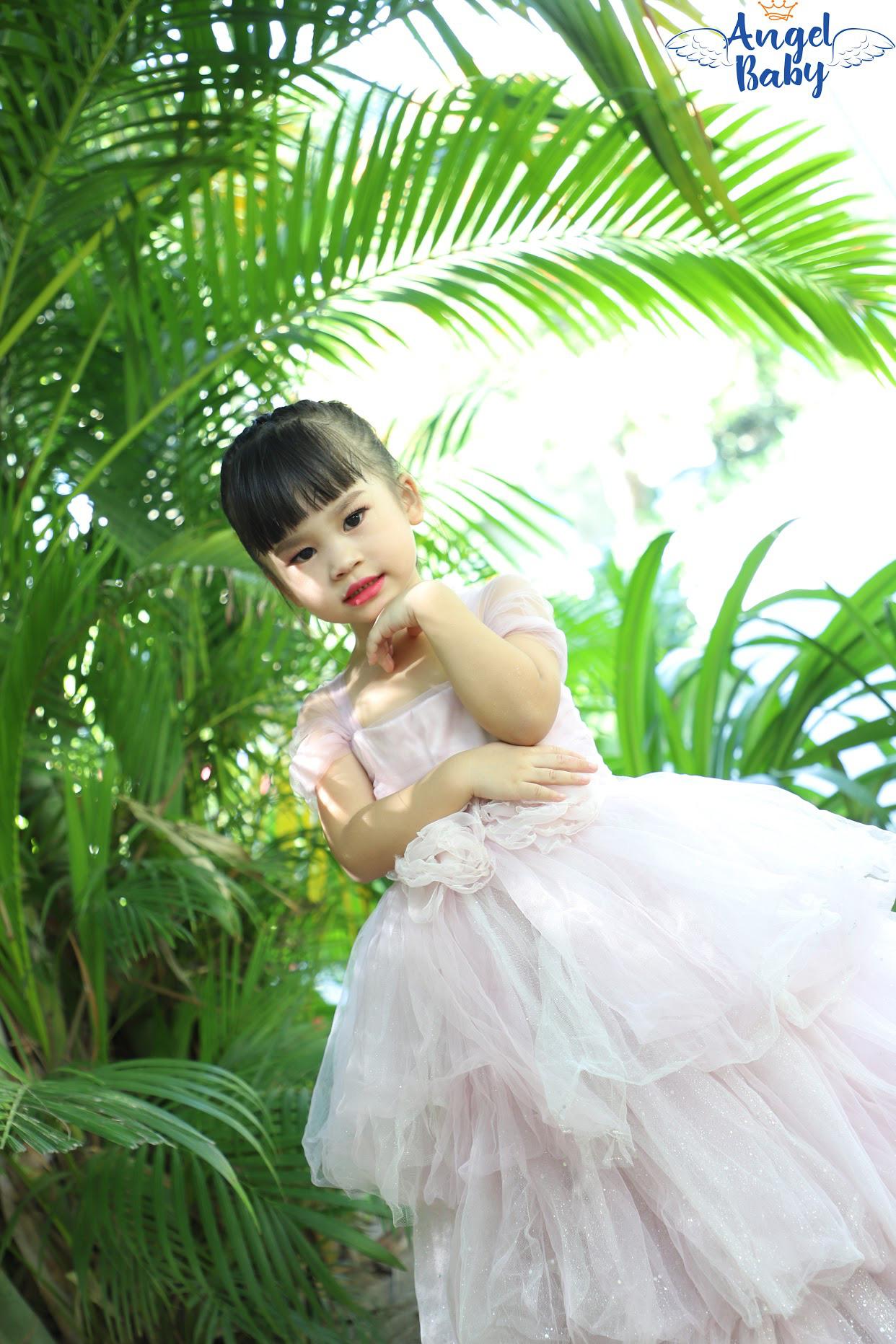 Những tiểu công chúa có niềm đam mê mãnh liệt với nghệ thuật - Ảnh 7.