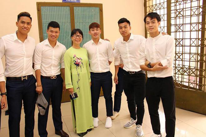 Vì sao Đoàn Văn Hậu được miễn thi tốt nghiệp THPT? - Ảnh 2.