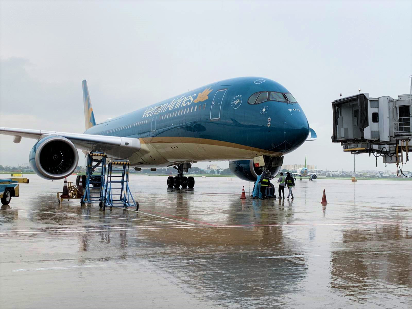 Sân bay Nội Bài sẽ có 3 đường cất/hạ cánh trong tương lai - Ảnh 1.