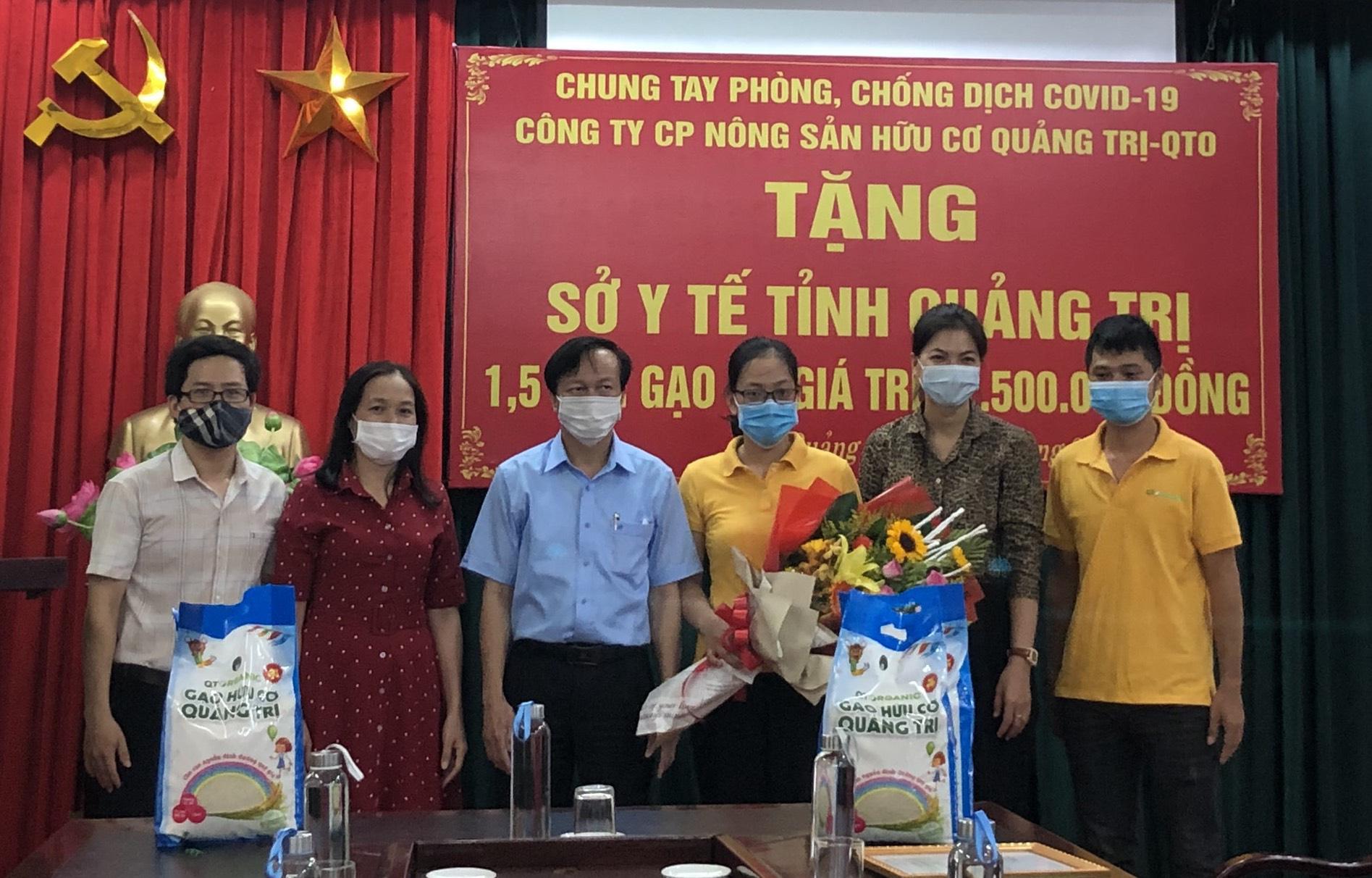 Tập đoàn TH trao tặng 12.500 sản phẩm sữa tươi hỗ trợ tỉnh Quảng Trị phòng, chống dịch Covid-19 - Ảnh 7.