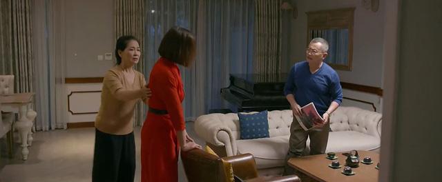 Tình yêu và tham vọng tập 45: Minh đắm đuối nhìn Linh và thừa nhận không yêu Tuệ Lâm  - Ảnh 2.