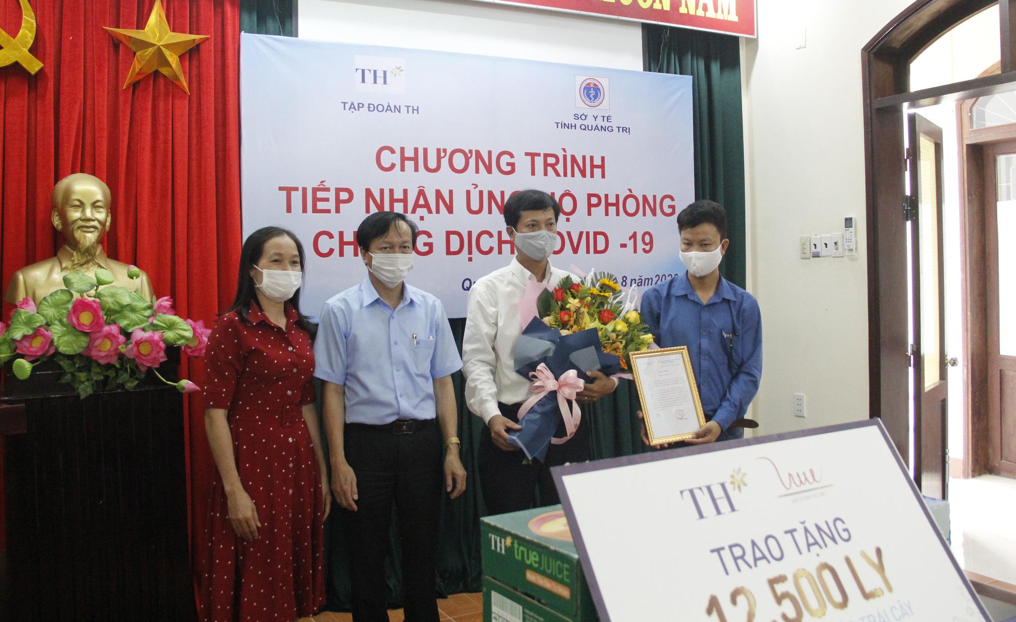 Tập đoàn TH trao tặng 12.500 sản phẩm sữa tươi hỗ trợ tỉnh Quảng Trị phòng, chống dịch Covid-19 - Ảnh 4.