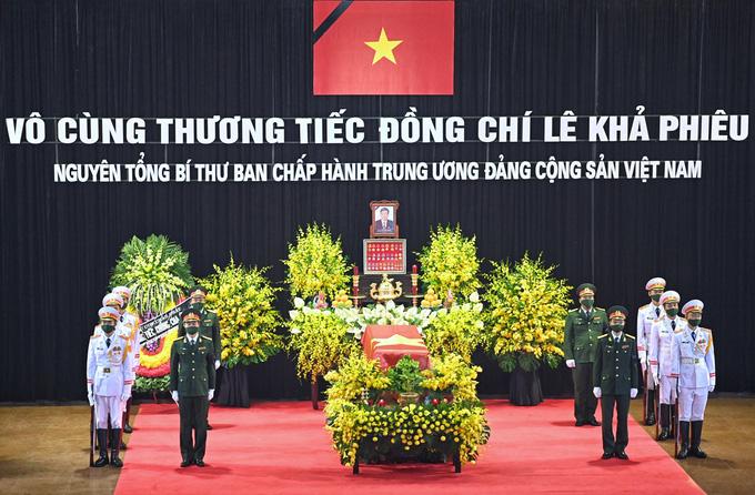 Trực tiếp: Quốc tang nguyên Tổng bí thư Lê Khả Phiêu - Ảnh 5.
