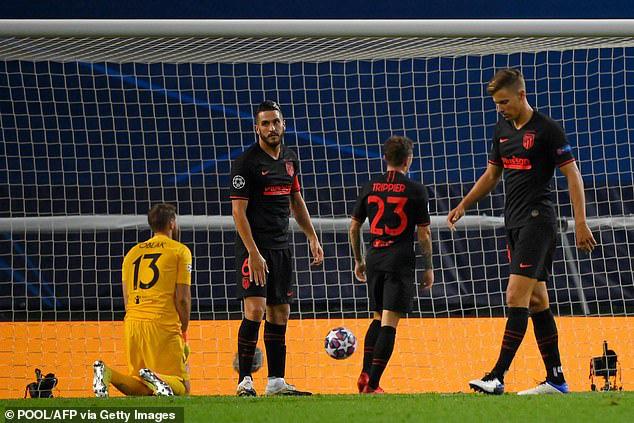 Hàng thủ của Atletico Madrid thất vọng sau bàn thua thứ 2