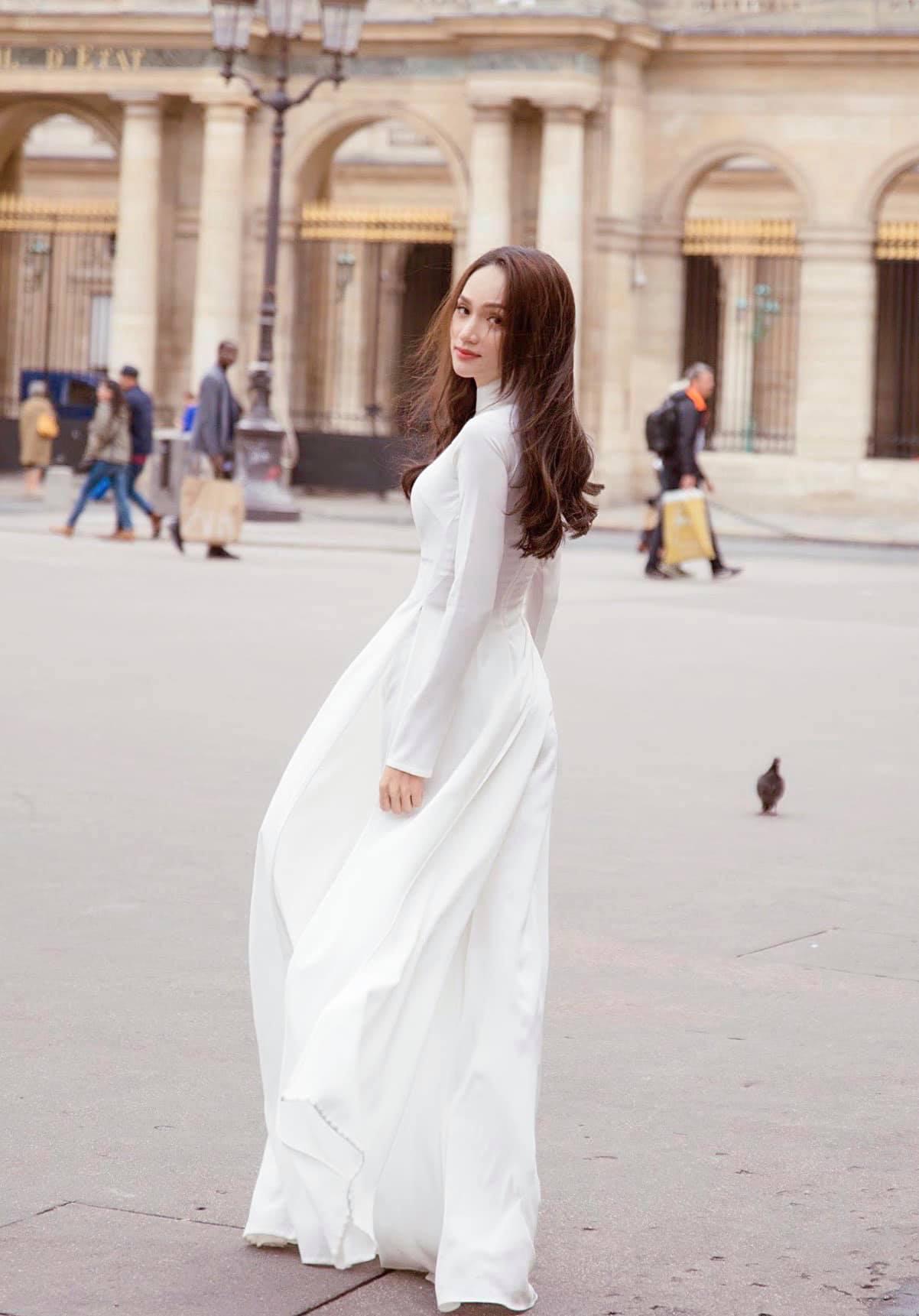 """Hương Giang mặc áo dài trắng tinh đẹp tựa nữ thần ở Pháp, """"thả thính"""" gây """"bão"""" mạng - Ảnh 3."""