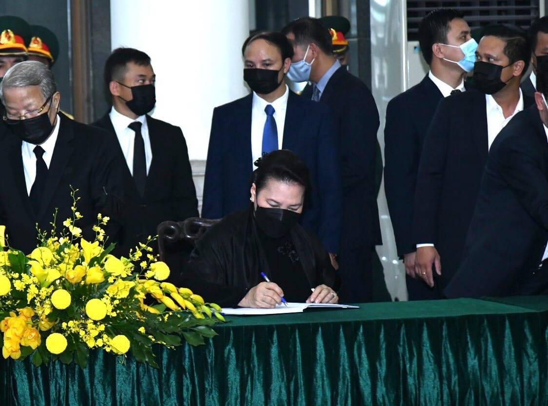 Trực tiếp: Quốc tang nguyên Tổng bí thư Lê Khả Phiêu - Ảnh 20.