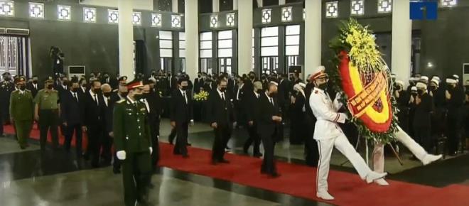 Trực tiếp: Quốc tang nguyên Tổng bí thư Lê Khả Phiêu - Ảnh 1.