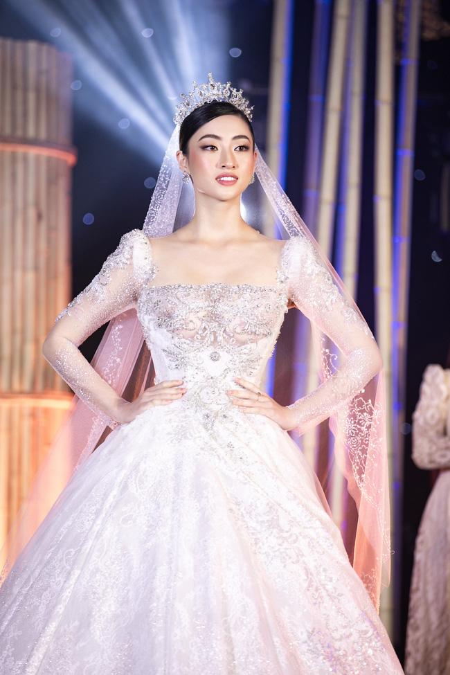 Lương Thùy Linh được BTC Hoa hậu Thế giới hết lời khen ngợi vì hành động đẹp giữa mùa dịch Covid-19 - Ảnh 1.