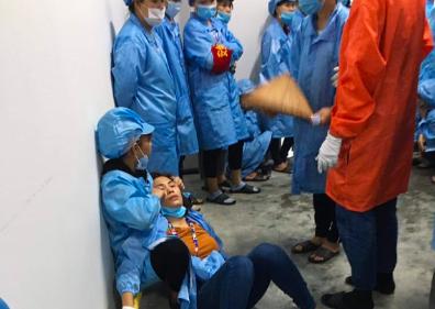 Quảng Ninh: Hàng loạt công nhân TONLY Việt Nam bất ngờ ngất xỉu - Ảnh 1.