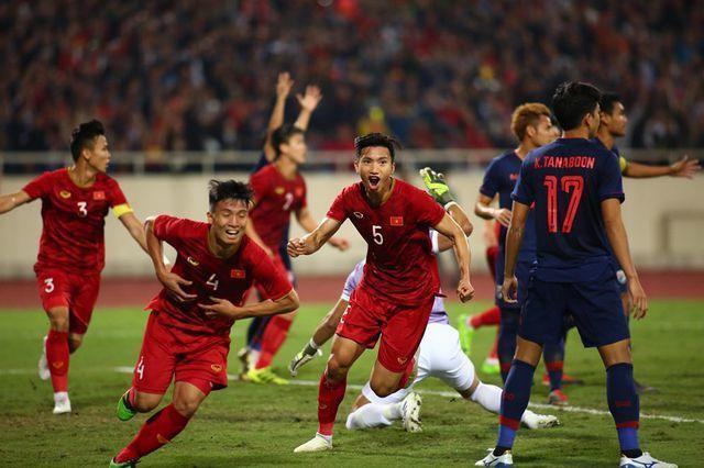 Tin sáng (17/8): Báo Thái Lan e ngại bóng đá nước nhà tiếp tục kém xa Việt Nam - Ảnh 1.