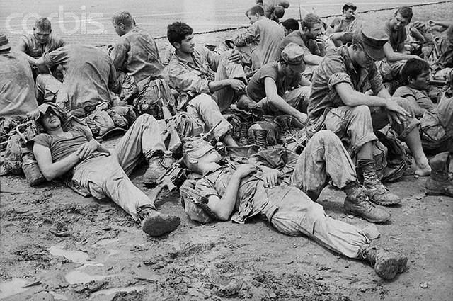 Khoảnh khắc quá độc lính Mỹ rệu rã trong Chiến tranh Việt Nam - Ảnh 8.