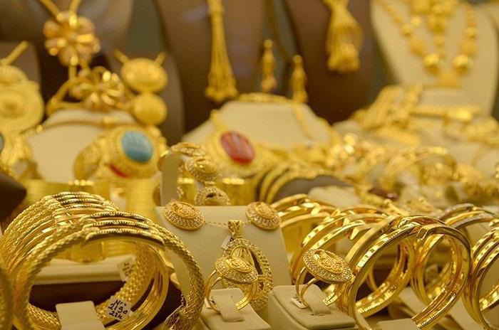 """Giá vàng tuần tới """"mắc kẹt"""" ở dưới mốc 2.000 USD/ounce - Ảnh 1."""