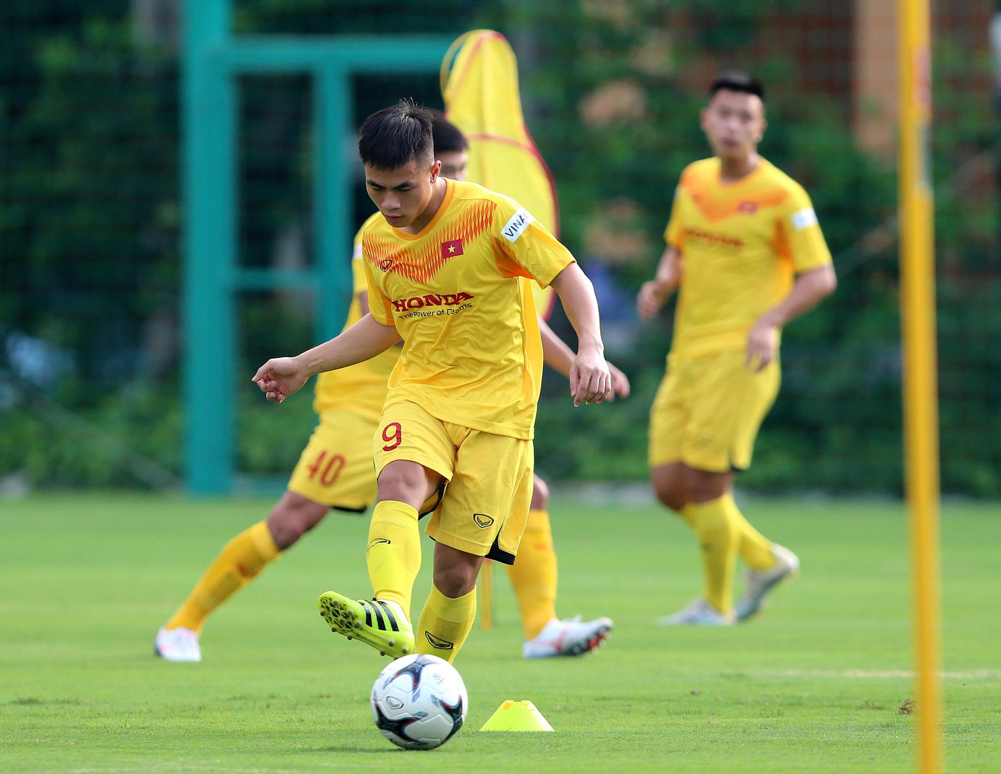 """Đội trưởng U22 Việt Nam: """"Tôi chưa biết mình có được dự SEA Games không"""" - Ảnh 6."""