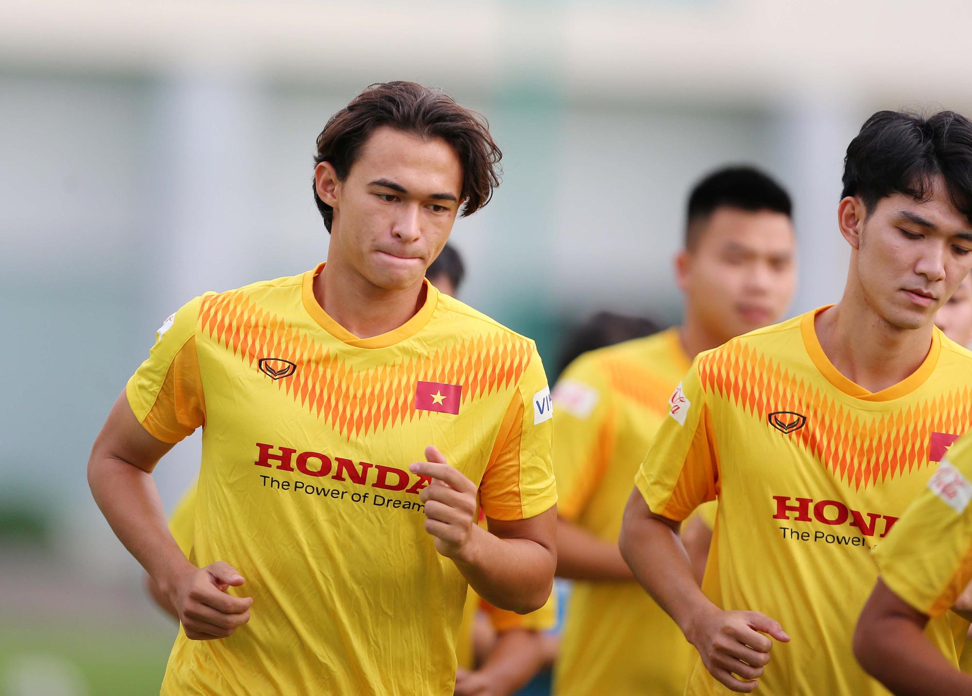 """Đội trưởng U22 Việt Nam: """"Tôi chưa biết mình có được dự SEA Games không"""" - Ảnh 5."""