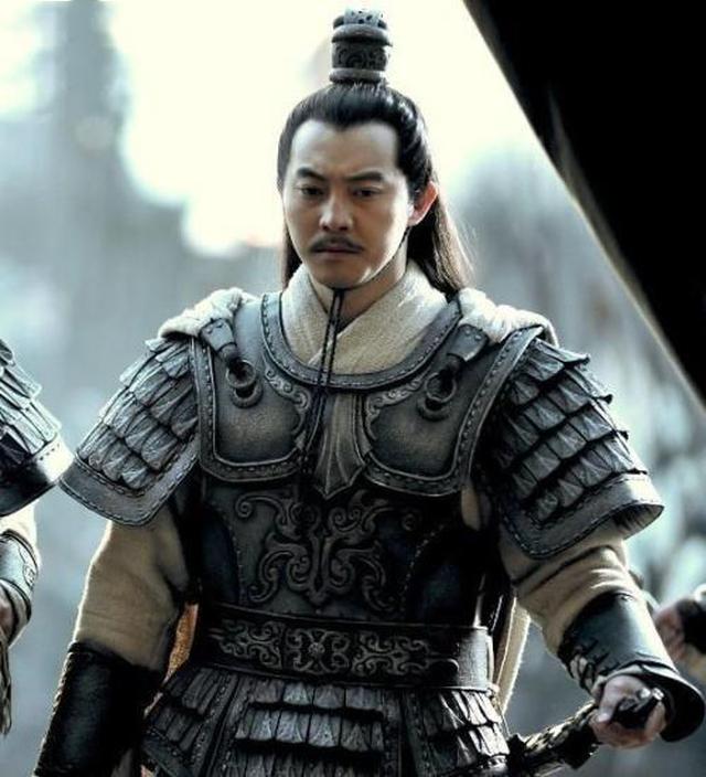 Tam Quốc: Người Gia Cát Lượng không bằng, Tào Tháo Tôn Sách muốn giết, nhưng cuối cùng vẫn sống tới hơn trăm tuổi - Ảnh 3.