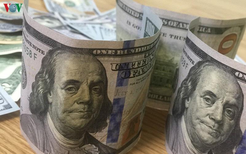 Cảnh báo đồng USD đang suy yếu, mất dần vị thế trong rổ tiền tệ - Ảnh 1.