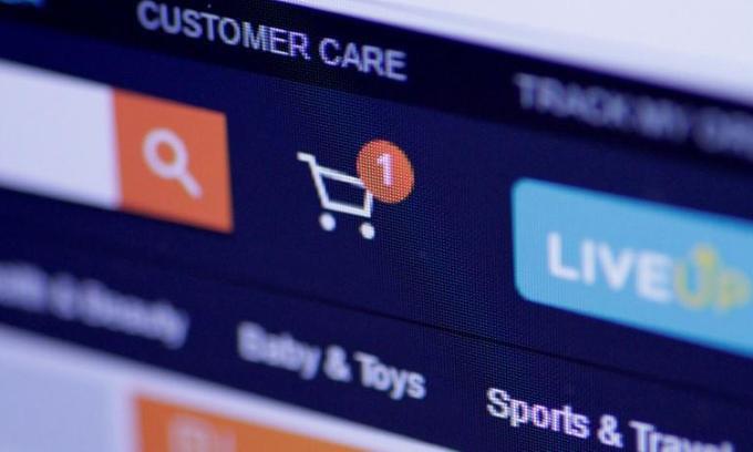 Bán hàng trực tuyến hưởng lợi từ dịch Covid - Ảnh 1.