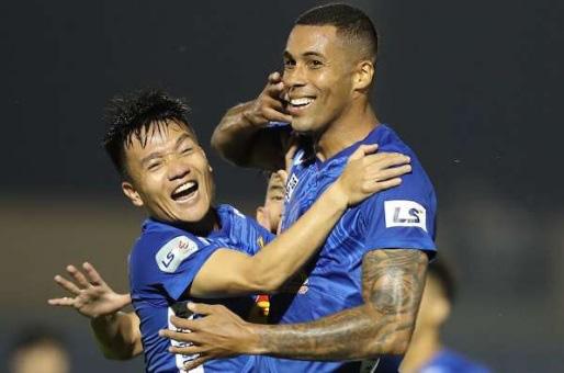 HLV Vũ Hồng Việt tiết lộ góc khuất về thất bại ở Quảng Nam FC - Ảnh 4.