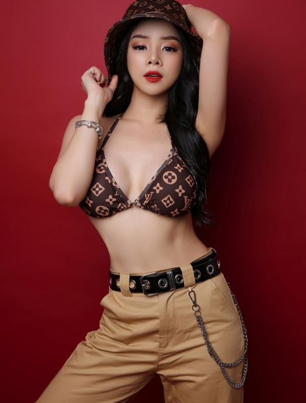 Nàng DJ xinh như mộng chỉ thích xem ĐT Việt Nam - Ảnh 6.