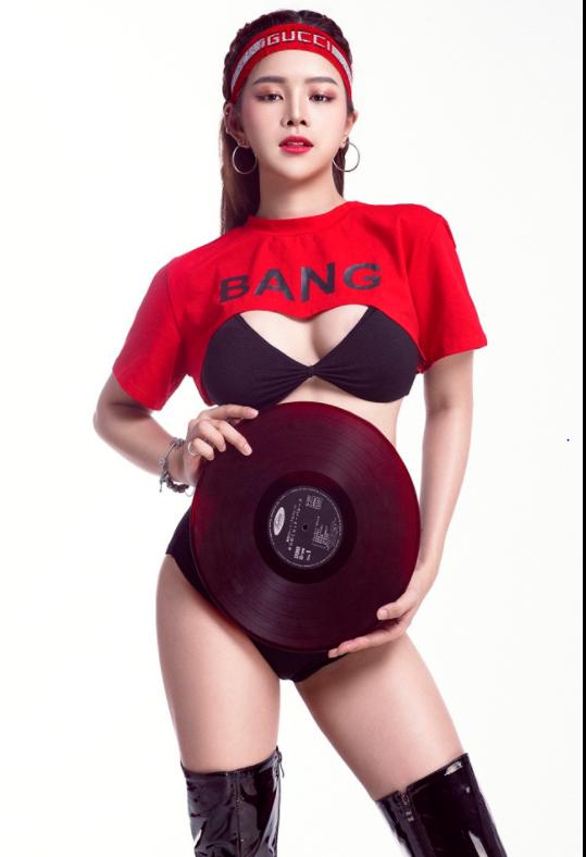 Nàng DJ xinh như mộng chỉ thích xem ĐT Việt Nam - Ảnh 7.