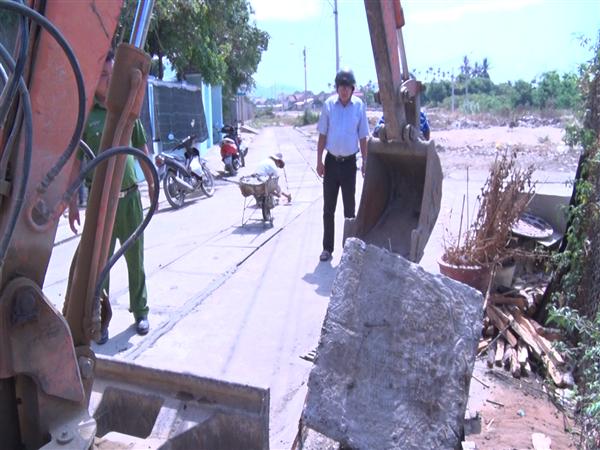 Diên Khánh: Kiểm tra, xử lý tình trạng xả thải gây ô nhiễm môi trường của các cơ sở kinh doanh - Ảnh 6.