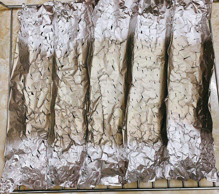 Mách bạn cách làm bánh mì bóng đêm lạ mắt, ngon miệng đang được nhiều bà nội trợ săn lùng - Ảnh 8.