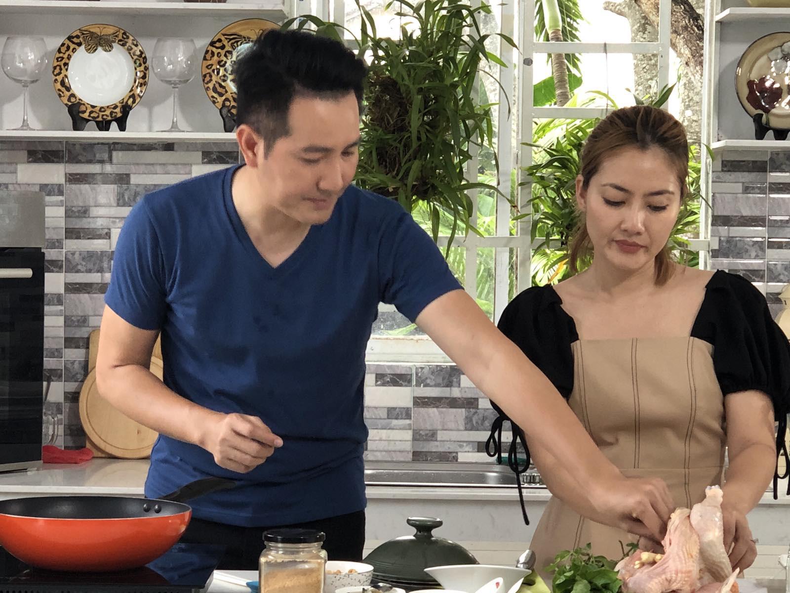 """Lần hiếm hoi hé lộ cuộc sống """"độc thân vui tính"""" của ca sĩ Nguyễn Phi Hùng - Ảnh 4."""