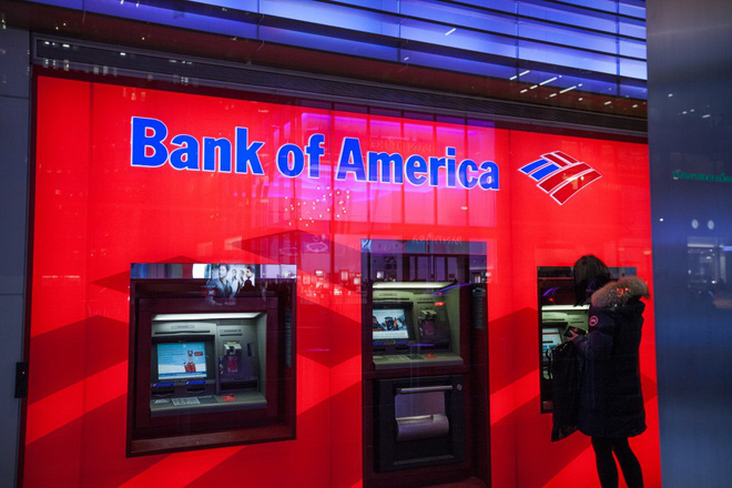 Kiểm tra tài khoản, khách hàng Bank of America thấy 2,45 tỷ USD - Ảnh 1.