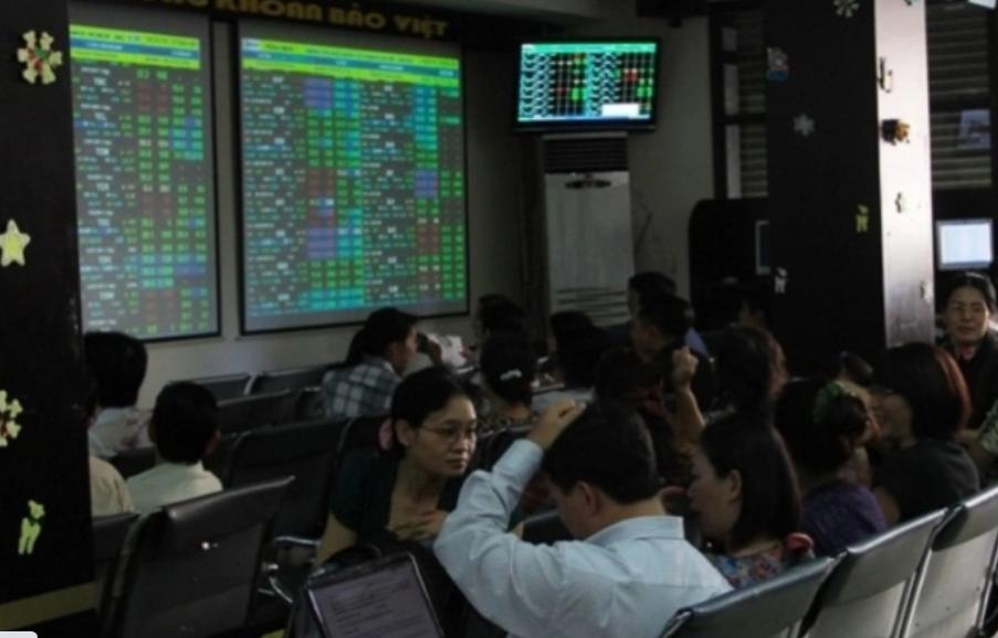 Thị trường chứng khoán 24/8: Có thể lướt sóng - Ảnh 1.