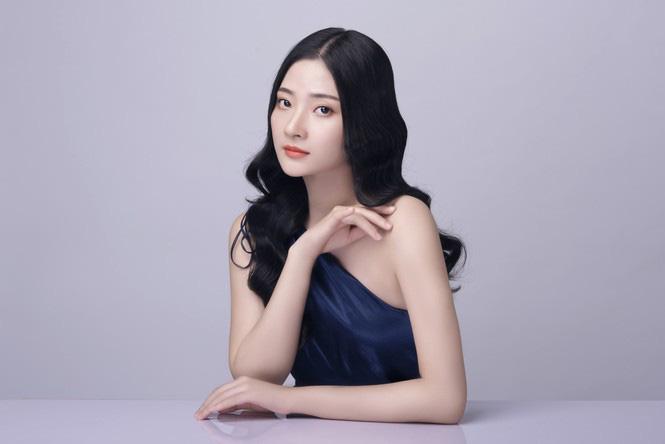 """Mỹ nhân Hà Tĩnh cao 1,72 m mặc bikini quyến rũ """"bỏng mắt"""" thi Hoa hậu Việt Nam 2020 - Ảnh 6."""