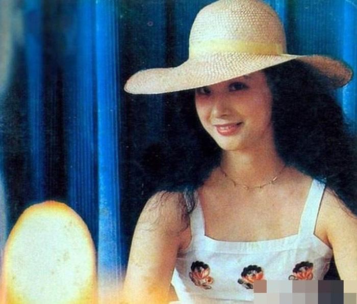 """Nữ yêu tinh xinh đẹp """"Tây du ký 1986"""" là """"bà trùm"""" siêu giàu, bí ẩn chuyện đời tư  - Ảnh 5."""