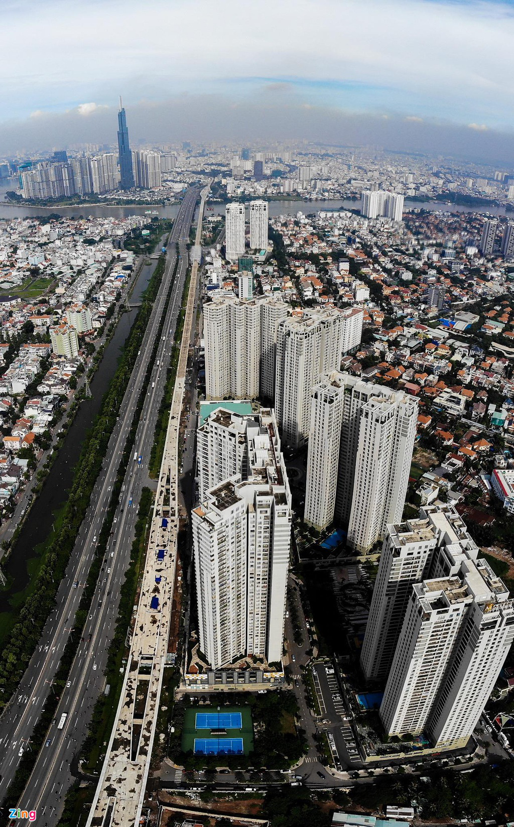 Chung cư dày đặc tuyến metro Bến Thành - Ảnh 2.