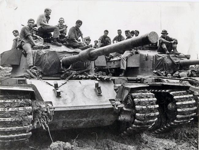 Bất ngờ xe tăng nặng nhất trong Chiến tranh Việt Nam - Ảnh 4.