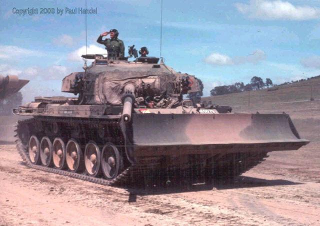 Bất ngờ xe tăng nặng nhất trong Chiến tranh Việt Nam - Ảnh 11.